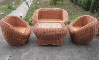 Cosuri de rachita – o afacere impletita in jurul pasiunii pentru mobilierul ecologic