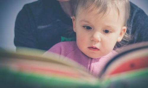"""<h2><a href=""""http://tuincentru.ro/unde-gasesti-informatii-cu-adevatat-utile-despre-educatia-copiilor/"""">Unde gasesti informatii cu adevatat utile despre educatia copiilor<a href='http://tuincentru.ro/unde-gasesti-informatii-cu-adevatat-utile-despre-educatia-copiilor/#comments' class='comments-small'>(0)</a></a></h2>Irina Dumitru este educatoare, mama a doi copii si blogger axat pe educatia copiilor. A ales sa-si investeasca timpul liber (deja putin) intr-un mod in care sa ajute, sa sfatuiasca,"""
